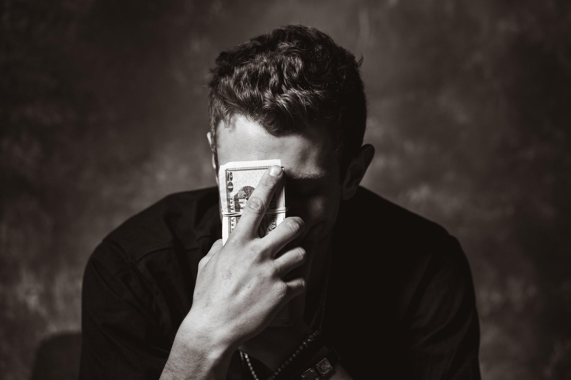 Berinvestasi Saham Tidak Menggunakan Uang Dingin